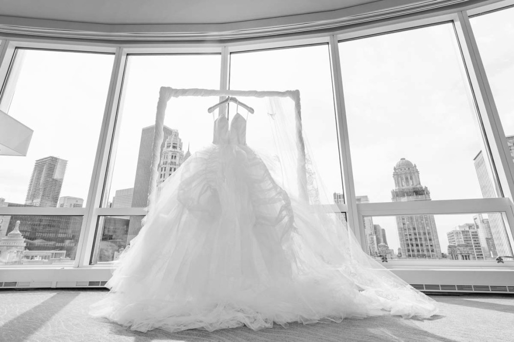 carasco-photo_birch-design-studio_harris-rooftop_millennium-park_chicago-wedding-photographer_lw0001