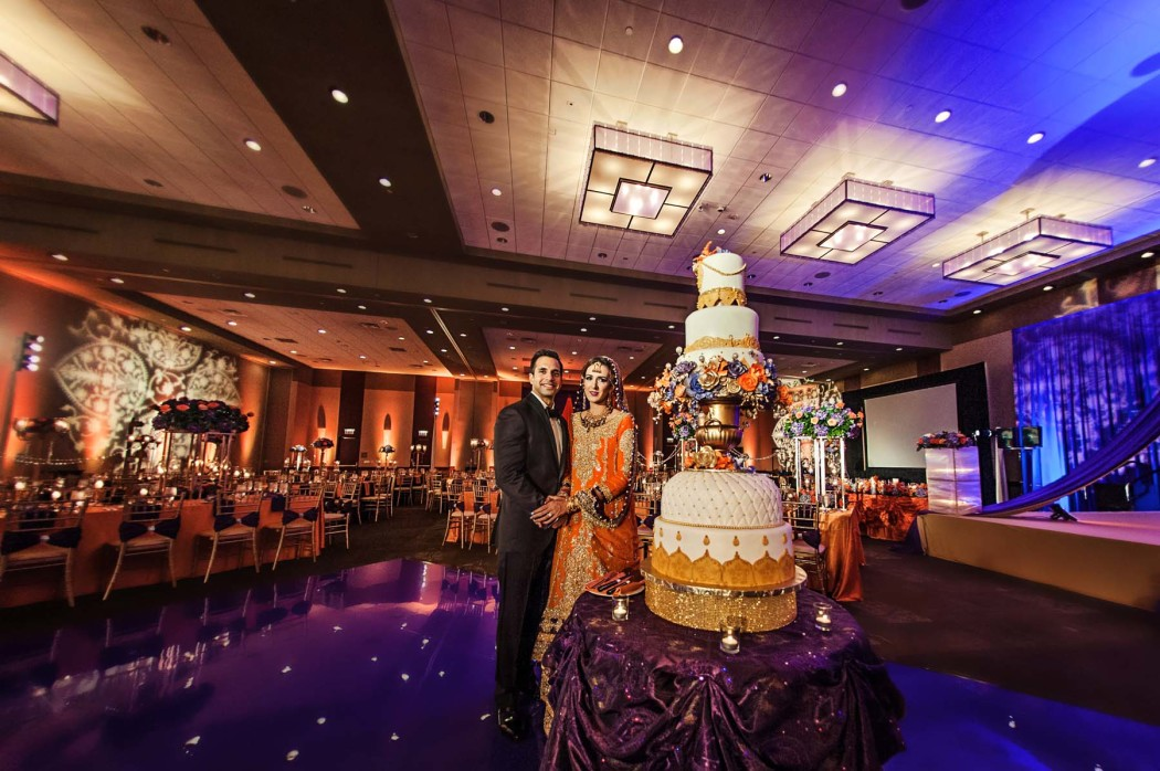 Carasco Photo_Bride and Groom_6 Tiered Cake_South Asian Bride_Photography by Carasco Photography_0063