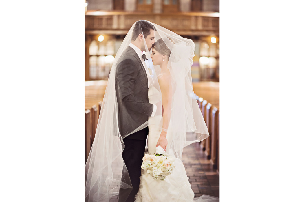 Carasco Photo_Veil Shot_Fourth Presbyterian_Bride_Vera Wang_Church