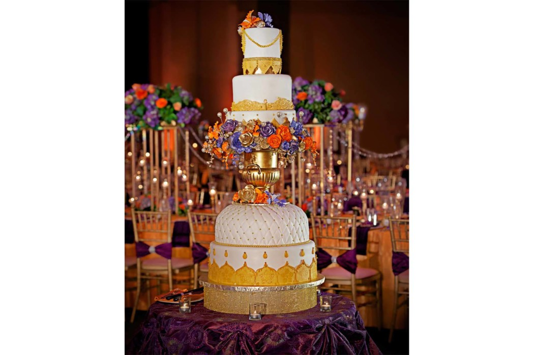 Carasco Photography_Oliveaire_Cake_South Asian Wedding_Gold 6 Tier Cake