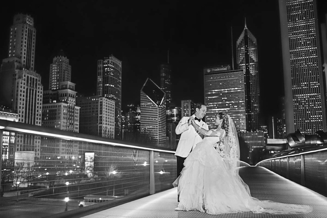 carly-and-jason_modern-wing_art-institute_jewish-wedding_hmr-designs_carasco-photo0039