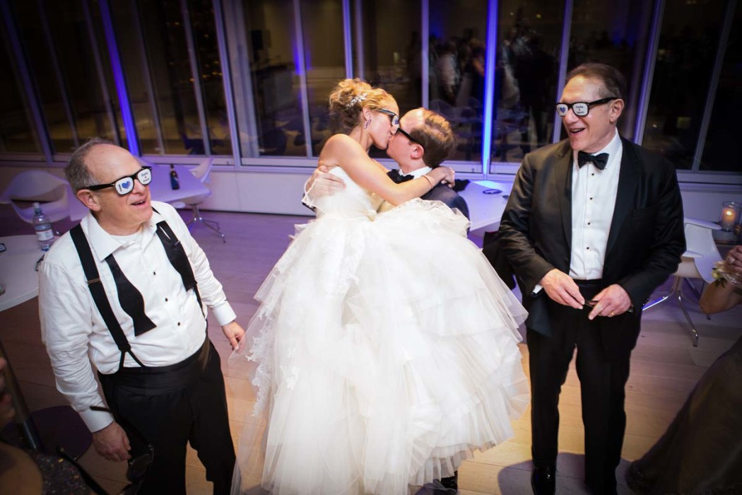 carly-and-jason_modern-wing_art-institute_jewish-wedding_hmr-designs_carasco-photo0060